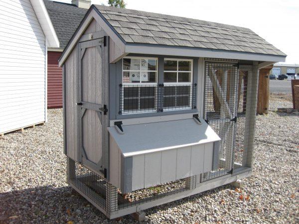 04' X 08' Chicken coop