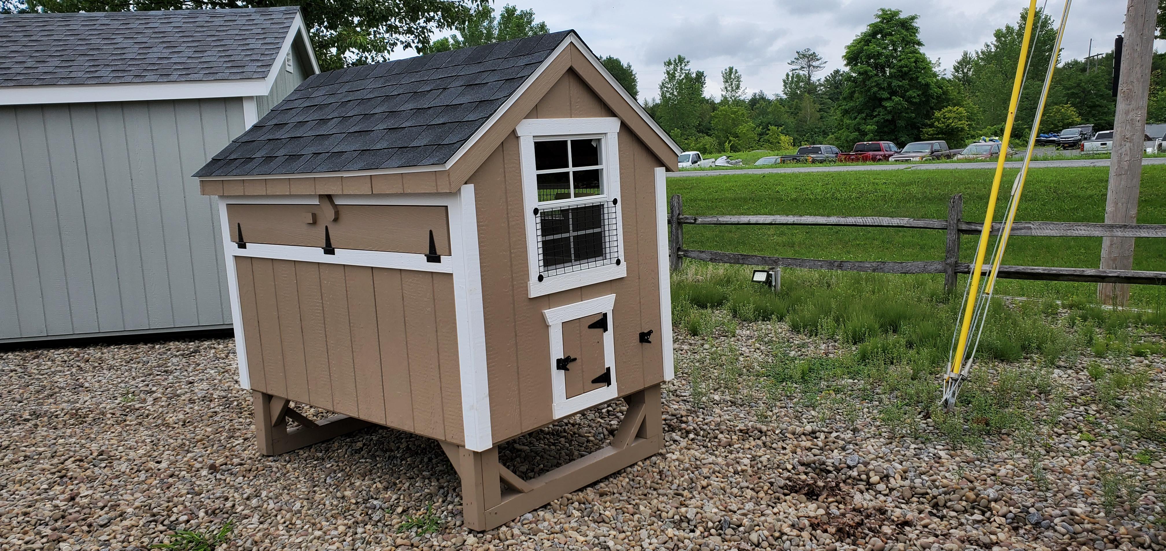 04' X 06' Duratemp Chicken Coop : Image 2
