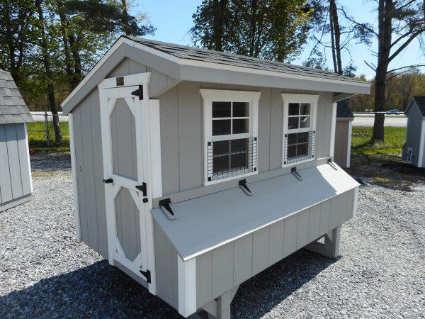 04' X 08 Chicken coop